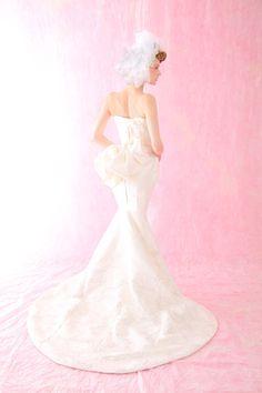 和ドレス・ウエディングドレスのドレスオーダー・レンタルドレスはアリアンサ|和ドレス・虹風 Modern kimono inspired wedding dress by Aliansa Japanese designer