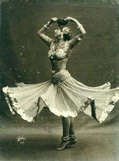 Ruth St. Denis in Radha. White Studio (New York, N.Y.) -- Photographer, 1906 photographic print mounted on paper b&w The New York Public Library for performing arts