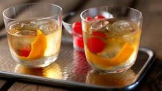 Old-fashioned whisky cocktail