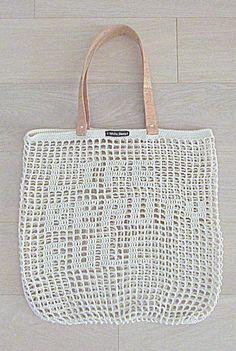 Handmade Beige CROCHET Bag-Tote with CORK SKIN door WhiteSheepShop