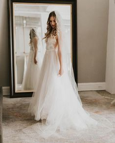 15 Tips For Wedding Dress Shopping With a Bride-to-Be - Going shopping with the bride to find her dream wedding dress? Read these tips on WeddingWire first! Handmade Wedding Dresses, Wedding Dresses Photos, Princess Wedding Dresses, Bridal Wedding Dresses, Dream Wedding Dresses, Corset Back Wedding Dress, Luxury Wedding Dress, Tips For Wedding Dress Shopping, Marie