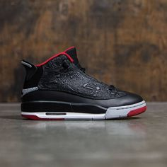 *Jordan products cannot be shipped internationallyBoys' Air Jordan Dub Zero (GS) Shoe features an embossed design that celebrates the history of AJ footwear. Air-Sole units provide impact p Cheap Jordan Shoes, Jordan Shoes Girls, Design Nike Shoes, Jordan Dub Zero, Minimal Shoes, Baskets, Blue Basketball Shoes, Womens Fashion Sneakers, Air Jordans