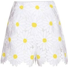Dolce & Gabbana Lace Shorts (28 645 UAH) ❤ liked on Polyvore featuring shorts, bottoms, white, dolce&gabbana, lacy shorts, white shorts, lace shorts and white lace shorts