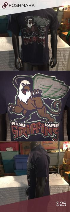 Vintage Grand Rapids Griffins T-Shirt Size Large Good condition. Please ask any questions, thanks! logo athletic Shirts Tees - Short Sleeve