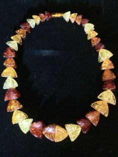 Art Deco Amber Confetti Lucite Graduated Bead Statement Necklace Vintage
