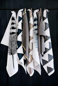 kitchen towels . bold geometric patterns . neutrals .  touch of metallic.