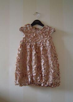 Чудная фактура детского платья 2