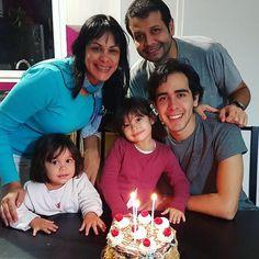 Orgullosos de nuestra #familia. Orgullosos de ti @leomontillag  Felices 21!!!