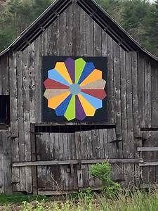 Dresden Plate Barn Quilt | Barn Quilts | Pinterest | Barn ...