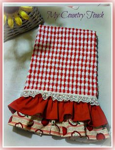 My Country Touch ruffled kitchen towel