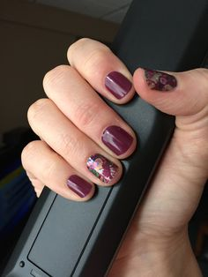 Another one of my favorites - huge fan of the deep purple colours!  I paired up Boysenberry (tint) with Amore!