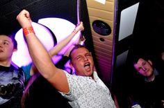 Planetarny Weekend Klubowy www.partybus.pl/wieczory-kawalerski