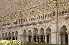 * Basílica de São João de Latrão  *  Claustro. Decoração Cosmatesca.