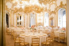 Elegant, classic, traditional, but still young and fresh - this Austrian destination wedding in the grand cathedral and palaces of Vienne is stunning. Luxury Wedding, Destination Wedding, Wedding Planning, Dream Wedding, Wedding Stuff, Mod Wedding, Floral Wedding, Wedding Reception, Reception Ideas