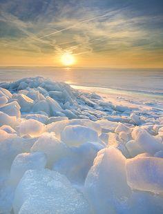Ice flakes,  Havdrup, Denmark