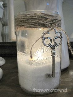 Here's a fab D.Y idea for your mason jars when your Glow candles is finished. I love the way the epsom salt in the bottom of this mason jar reflects the candle light and looks like snow. And I'm a sucker for old keys. Love, love, LOVE this look! Mason Jars, Pot Mason, Bottles And Jars, Mason Jar Crafts, Canning Jars, Glass Jars, Glass Containers, Holiday Crafts, Holiday Fun