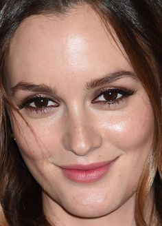 Leighton Meester at the 2014 Met Gala with shimmering bronze shadow with defined waterlines and fresh skin. Twist Braid Hairstyles, Diy Hairstyles, Twist Braids, Wedding Hairstyles, Cheek Fillers, Red Carpet Makeup, Makeup Inspiration, Makeup Ideas, Makeup Tips