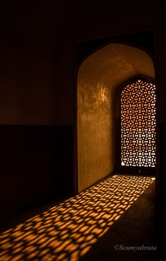 Light from setting sun creates patterns through the 'Jaali' (Latticed screen) at Humayun's tomb, Delhi Mosque Architecture, Indian Architecture, Shadow Photography, Islamic Wallpaper, Epcot, Light Art, Light And Shadow, Islamic Art, Stained Glass