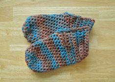 Ideas Crochet Slippers Adult Free Pattern Friends For 2019 Crochet Patterns Free Women, Crochet Patterns Amigurumi, Knitting Patterns Free, Free Crochet, Free Pattern, Crochet Boots Pattern, Crochet Scarf Diagram, Crochet Stitches, Easy Crochet Slippers