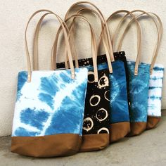 Handcrafted Textiles, Meticulously Sewn Bags, Wallets and Accessories by Maria Shacreaw. Tie Dye Crafts, Diy Bags Purses, Shibori Tie Dye, Denim Tote Bags, Canvas Purse, Pencil Bags, How To Dye Fabric, Look Fashion, Bag Making