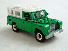 Land Rover 109 (1) by Mad physicist, via Flickr