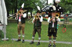 https://flic.kr/p/ooobmq | Ein großes #Fest für große und kleine Besucher im #Biergarten in #München Baierbrunn in #Bayern