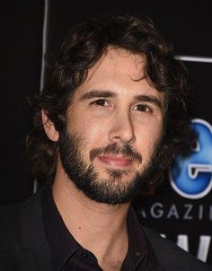 Josh Groban arrives at the The PEOPLE Magazine Awards at The Beverly Hilton Hotel on December 2014 in Beverly Hills, California. (Photo by Steve Granitz/WireImage) The Beverly, Beverly Hills, Beautiful Voice, Beautiful People, Josh Groban Broadway, Josh Gorban, The Great Comet, People Magazine, Well Dressed Men