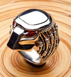 Men's Jewelry Rings, Skull Jewelry, Sea Glass Jewelry, Jewellery, Fashion Rings, Fashion Jewelry, Mens Skull Rings, Gothic Rings, Unusual Rings
