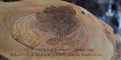 Gravare laser in lemn de maslin originar din insula Thassos, Grecia. @gravez.ro Engraving in olive wood original from Thassos island, Greece.