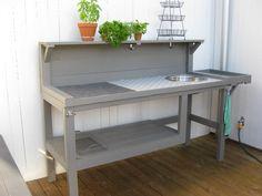 Utekök / outdoor kitchen, or for gardening
