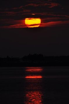 Sunset over Malpeque Bay, Prince Edward Island Atlantic Canada, Prince Edward Island, Anne Of Green Gables, New Brunswick, Newfoundland, Nova Scotia, Vacation Destinations, Photo Contest, Sunrise