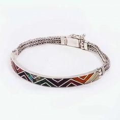 ZIG ZAG SEMI Zig Zag, Charmed, Jewelry, Decor, Fashion, Seashells, Silver Bracelets, Artisan, Bracelet