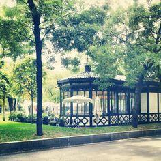 Café del Espejo ~ Paseo de Recoletos, Madrid Spanish Courses, Web Instagram, Ultimate Travel, Oh The Places You'll Go, Us Travel, Beautiful World, Aqua, Europe, San