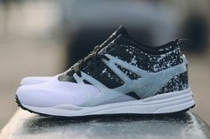 Reebok Ventilator Adapt: Black/White