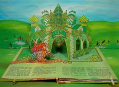 https://flic.kr/p/bKg8mT | The Emerald City, in a #vintage PSS (Price/Stern/Sloan) Pop-Up Book, The Wizard of Oz   #popup #book... a