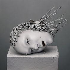 Sculptures of Decomposed Body Parts by Japan Artist Yuichi Ikehata Organic Sculpture, Sculpture Metal, Hand Sculpture, Contemporary Sculpture, Contemporary Art, Sculptures Sur Fil, Wire Sculptures, Art Actuel, Calla Lilies