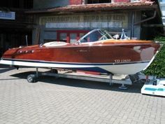 Looking for a power boat? Choose from over used power boats. From motor yachts to fishing boats. Riva Boat, Yacht Boat, Wooden Speed Boats, Chris Craft Boats, Boat Shed, Runabout Boat, Boat Restoration, Classic Wooden Boats, Cabin Cruiser