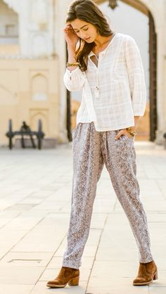 Loungewear pants in beautiful prints that are also perfect for a casual outfit. Every pair empowers the women who made them through living-wage jobs and training. Fashion for good!
