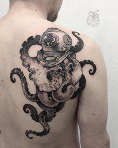 Tattoo artist Kristina Darmaeva authors dotwork tattoo