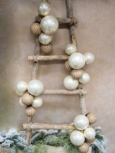 Christmas Tree Here are the best ideas for the new ten .- Christmas Tree Here are the best ideas on the new glam trend in Shabby chic style - Slim Christmas Tree, Christmas Home, Handmade Christmas, Christmas Wreaths, Christmas Crafts, Merry Christmas, Christmas Decorations, Xmas, Christmas Ornaments