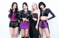Stage Outfits, Kpop Outfits, Kim Jennie, Kpop Girl Groups, Kpop Girls, Blackpink Poster, Blackpink Members, Black Pink Kpop, Blackpink Photos