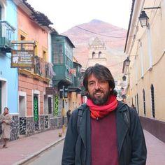 @DrodriguezVen : RT @alfreserramanci: Lo que pasa en España: El 50% de los hijos de clase directiva y profesional va a la universidad. En la clase trabajadora el 15%