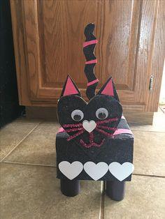 Cat Valentine's Day box that I made