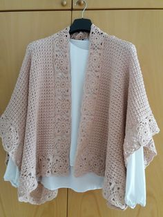 Crochet Shawl Pattern - Rings Of Lace Shawl Written Pattern - Triangulare Shawl Pattern - DIY Wrap S Crochet Cape, Crochet Shawls And Wraps, Crochet Motifs, Crochet Cardigan Pattern, Crochet Jacket, Crochet Scarves, Crochet Clothes, Crochet Patterns, Shawl Patterns