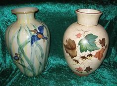 Asger Theisen vase to the left. www.knabstrup-samler.dk