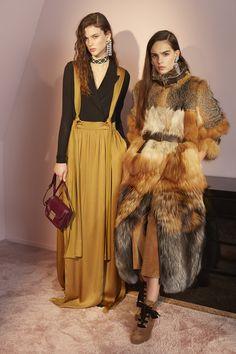 Lanvin Pre-Fall/Winter 2016-2017 Fashion Show
