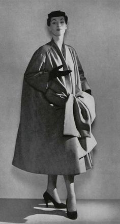 1953- Christian Dior bow  coat