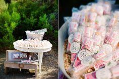 Sugestão de apresentação de pipocas para servir no casamento como lembrança. #casamento #catering #ideias #pipocas #lembrancas