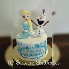 Elsa & Olaf Frozen cake