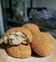 Keto rolls with coconut flour Recipes-Sunny Pain Keto, Kito Diet, Coconut Flour Recipes, Batch Cooking, Dairy Free, Muffin, Brunch, Low Carb, Gluten